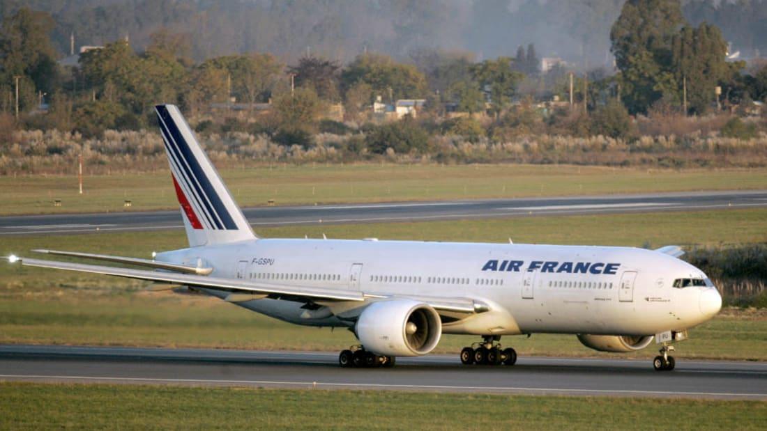 """الخطوط الفرنسية: الجهاز المشبوه على متن الطائرة التي هبطت اضطراريا كان """"إنذاراً كاذباً"""""""