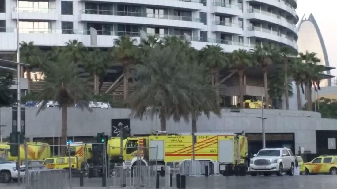 شاهد.. دبي تقدم عروضا مذهلة بالألعاب النارية احتفالا بالعام الجديد رغم حريق الفندق