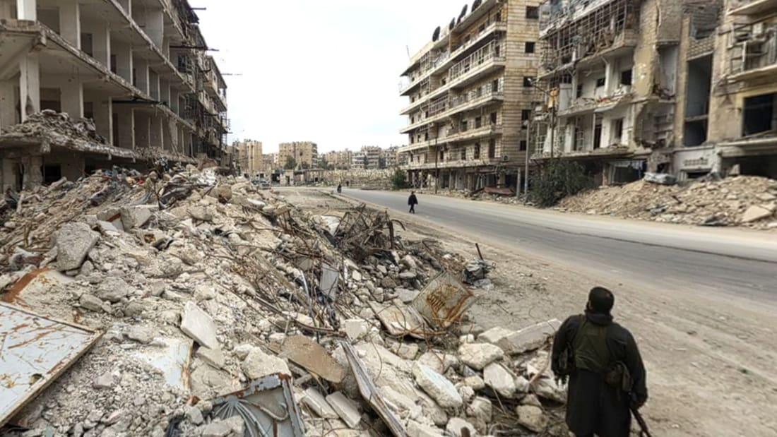 حصريا عبر عدسة CNN: الطريق إلى حلب الصامدة في وجه الدمار الشامل والقتال الدامي.. الاستسلام غير وارد