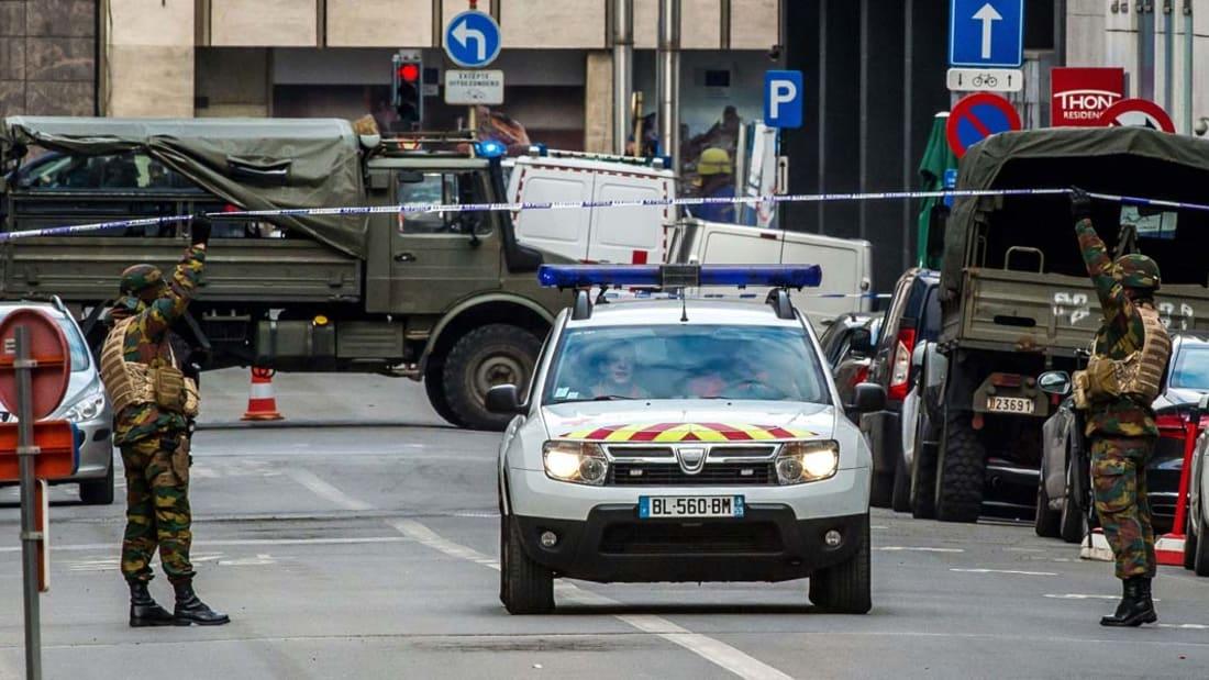 بالفيديو: شاهد عيان يروي لـCNN مشاهد من مسرح التفجير ببروكسل.. وحالة تأهب ببلجيكا للقصوى
