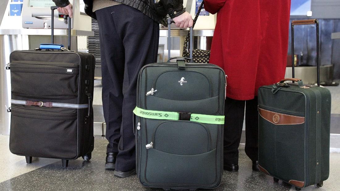 بالفيديو: لصة تعترف بسرقة ما ينسى على الطائرات بعد نزول ركابها