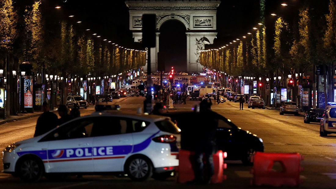 شاهد.. اللحظات الأولى بعد إطلاق النار في شارع الشانزلزيه