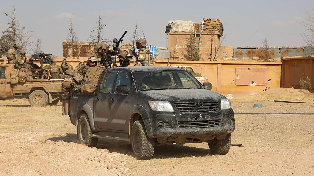 شاهد.. قوات أمريكية في دوريات على حدود سوريا وتركيا