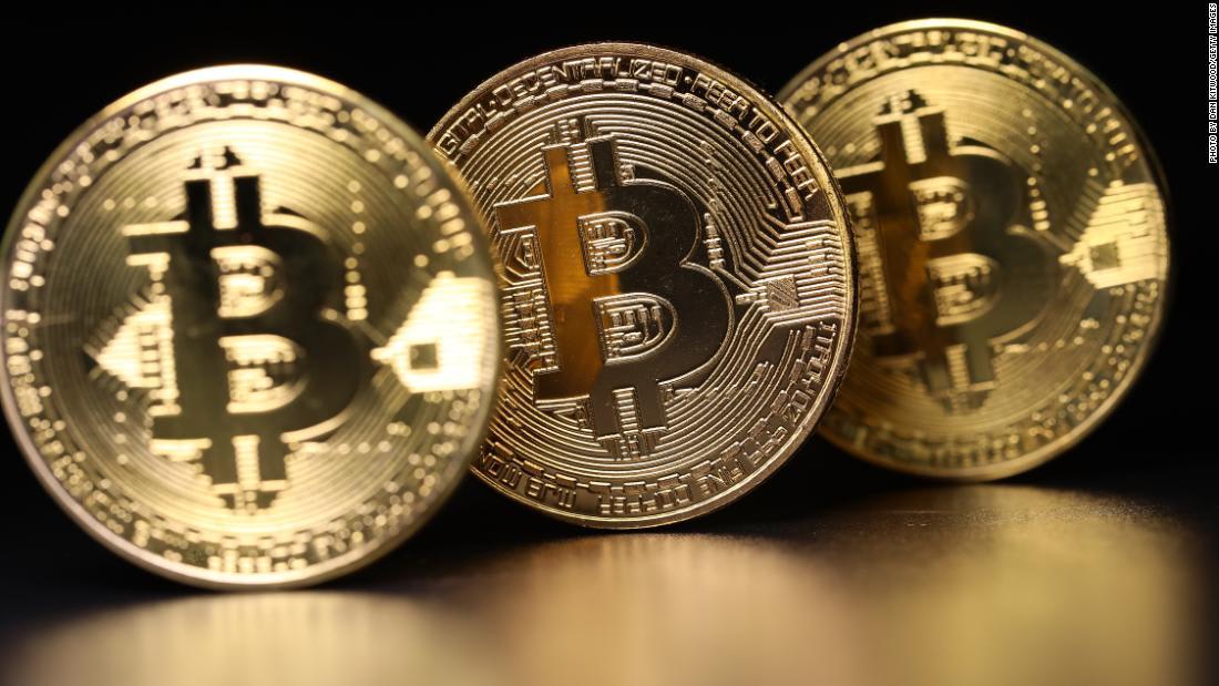 تعالوا في جولة بمزرعة متخصصة بالتنقيب عن العملات الرقمية