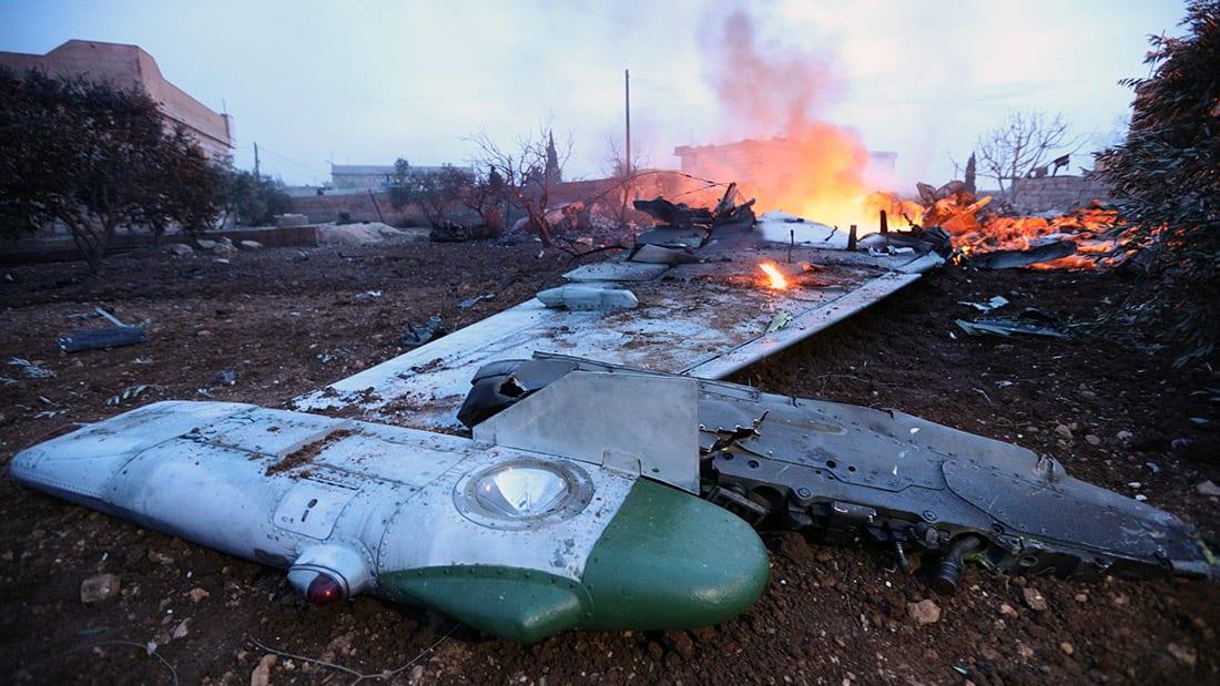 شاهد.. إسقاط طائرة حربية روسية في سوريا