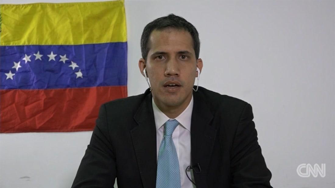 كل ما يجب أن تعرفه عن الأزمة السياسية بفنزويلا