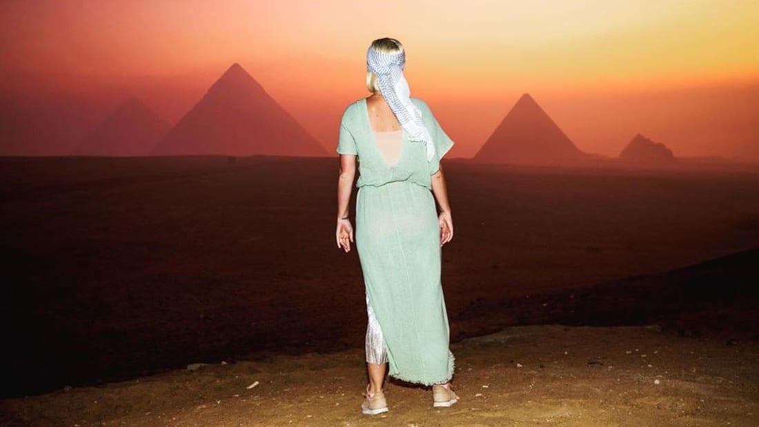بأقل من دقيقة.. رحلة صوتية مصرية بين رمال الأهرامات وأكواب شاي المقاهي