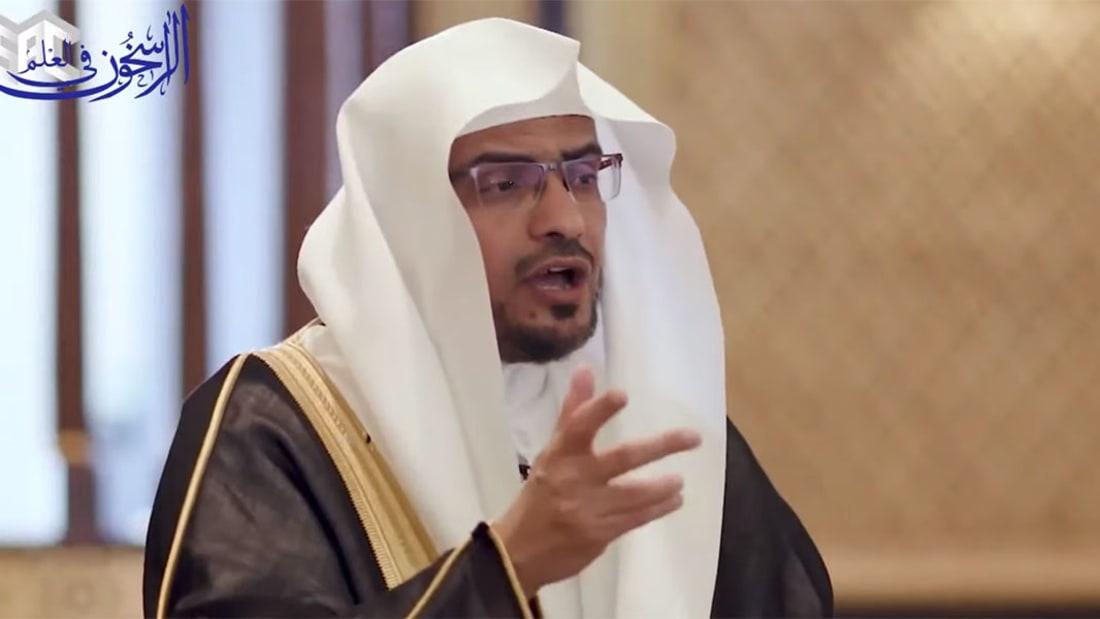 دين عبيدالله.. أمريكي يكافح كراهية الإسلام بالكوميديا