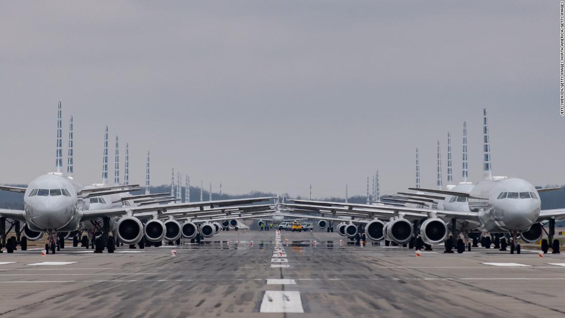 يستغرق حوالي 400 ساعة عمل.. شركة طيران تُظهر كيفية تخزين طائراتها