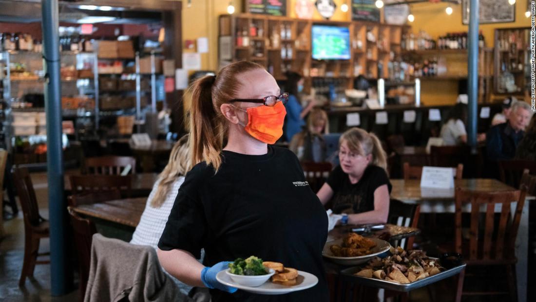 لتجنب فيروس كورونا في المطعم.. إذا رأيت هذا الأمر غادر فوراً