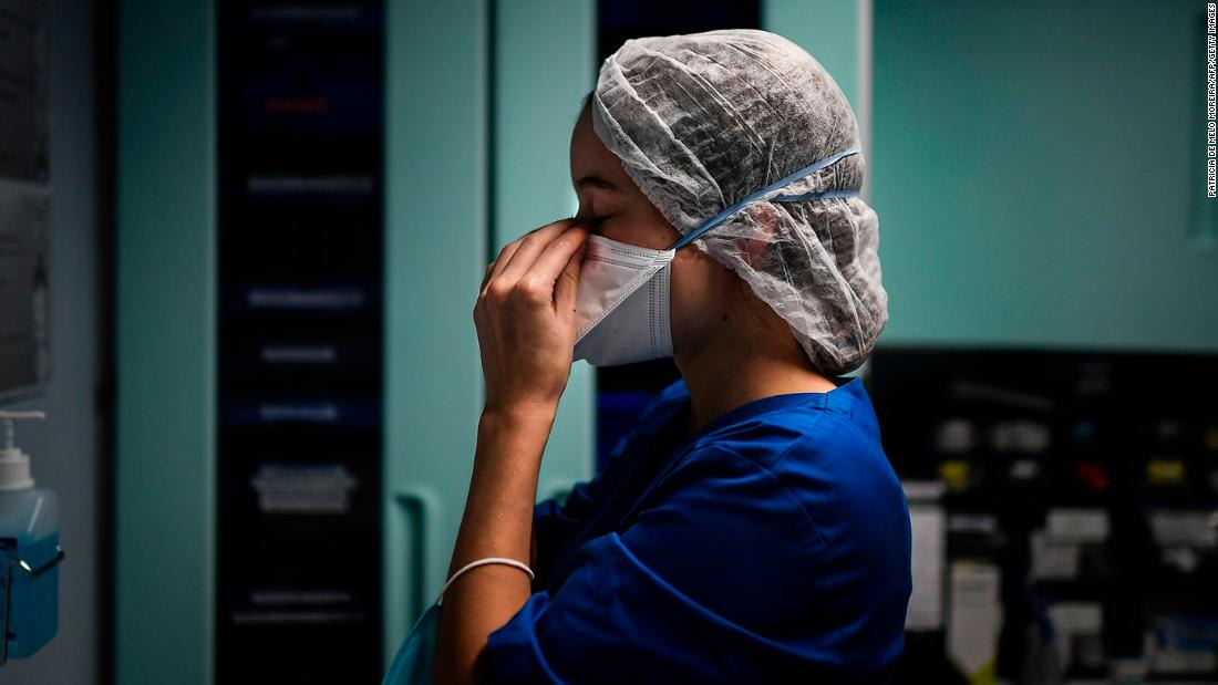 هل يفقد مرضى فيروس كورونا عديمي الأعراض أجسامهم المضادة أسرع من المصابين بمرض شديد؟