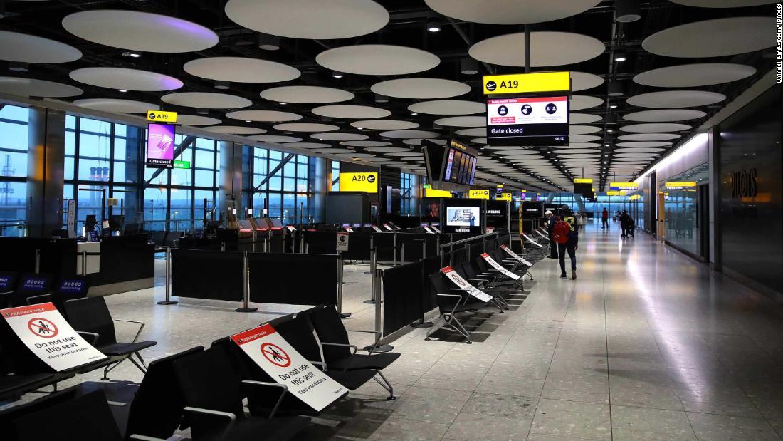 اختبارات لتأثير لقاح كورونا على السلالة الجديدة.. وفحص للمسافرين من المملكة المتحدة لأمريكا