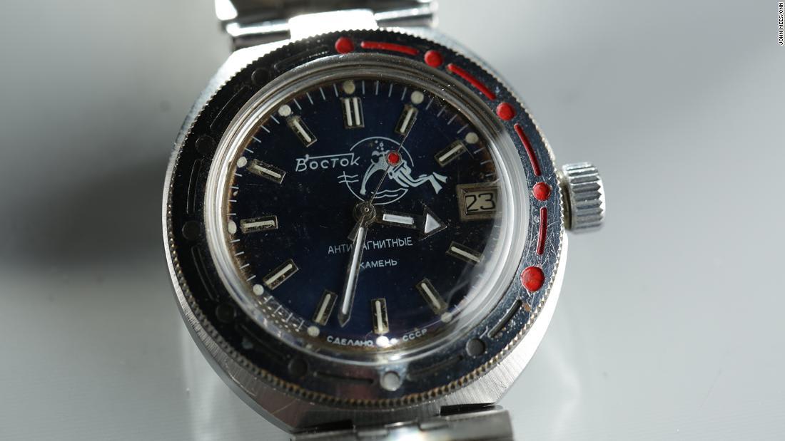 شاهد رد فعل رجل بعد معرفة قيمة ساعة اشتراها في 1974