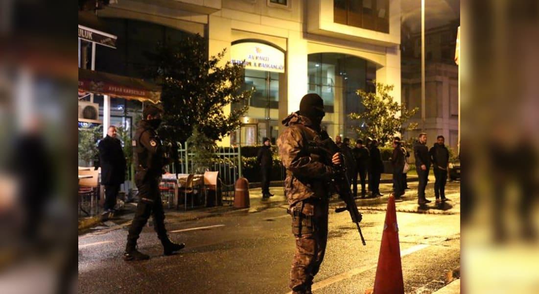 تركيا.. استهداف مديرية أمن بصاروخ في إسطنبول