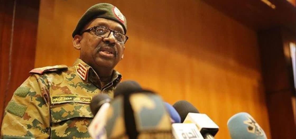 وزير الدفاع السوداني جمال عمر