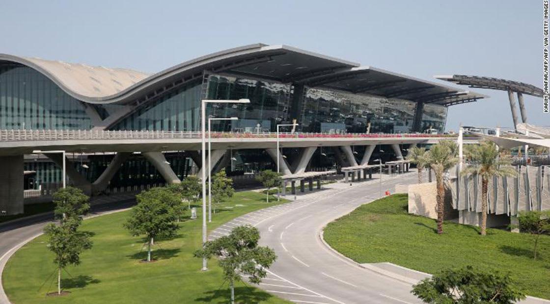 صورة أرئيفية عامة من مطار حمد بقطر