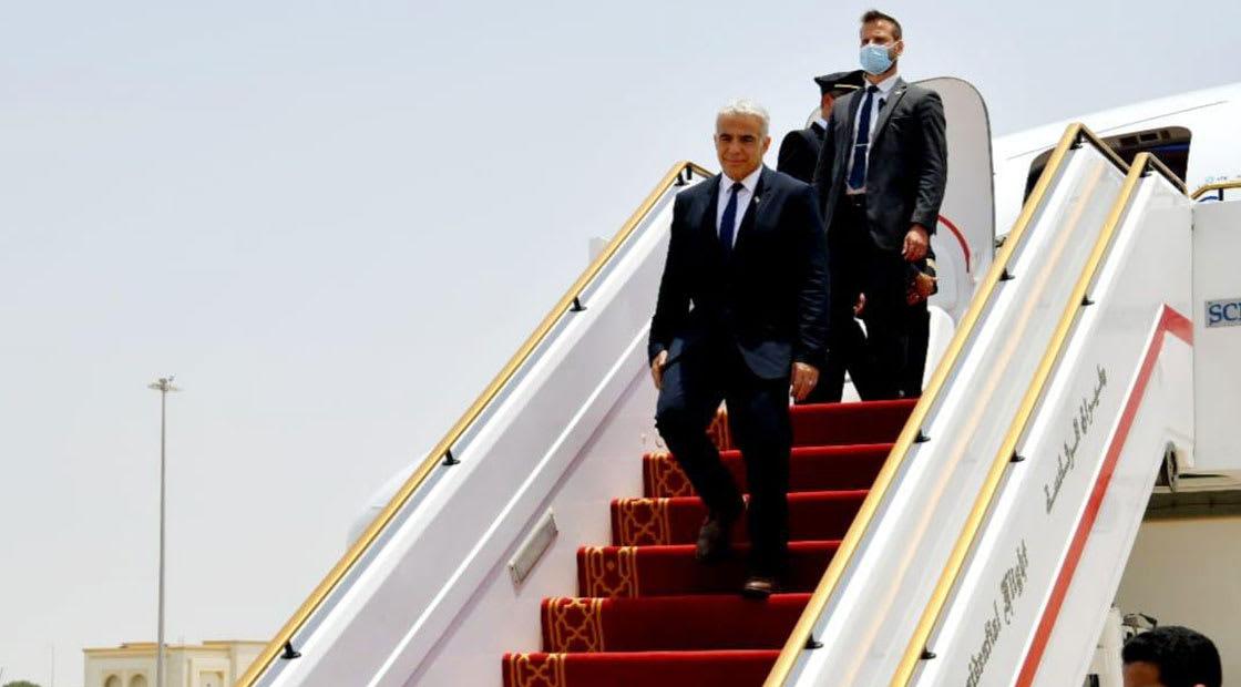 وصول يائير لابيد إلى أبوظبي
