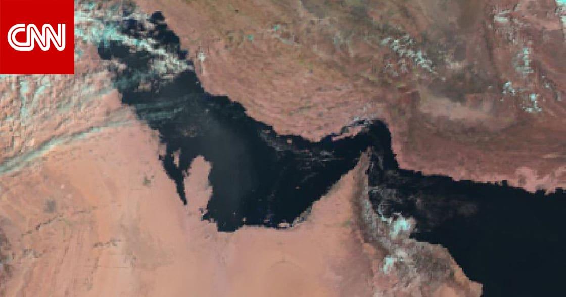 """أمير قطر و""""الأمير الوالد"""" يؤديان صلاة الاستسقاء.. والأرصاد تتوقع أمطارا الجمعة"""