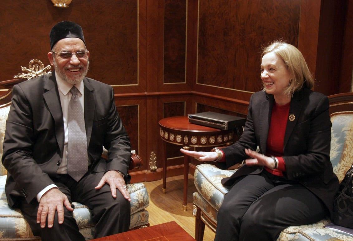 السفيرة الأمريكية السابقة لمصر: إذا تخلص أي أحد من السيسي فسيكون الجيش