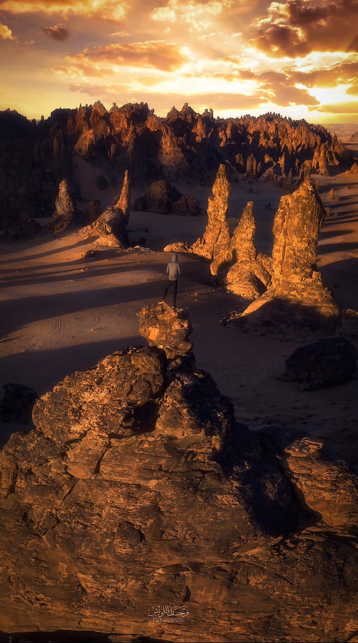 تتفرد بغرابتها.. مصور يوثق سلسلة جبال بالسعودية أدهشت الرحالة الأوروبيين قبل أكثر من قرن