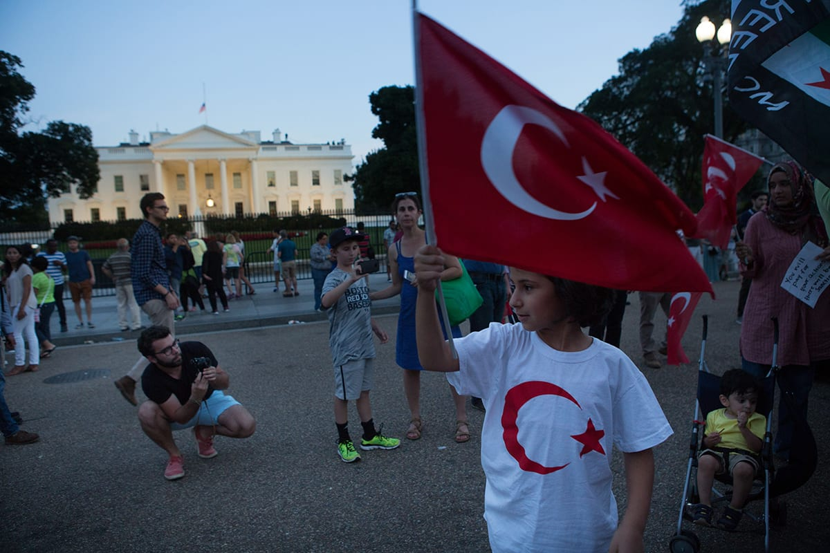 تركيا تحذر رعاياها من السفر إلى أمريكا بسبب المظاهرات ضد ترامب