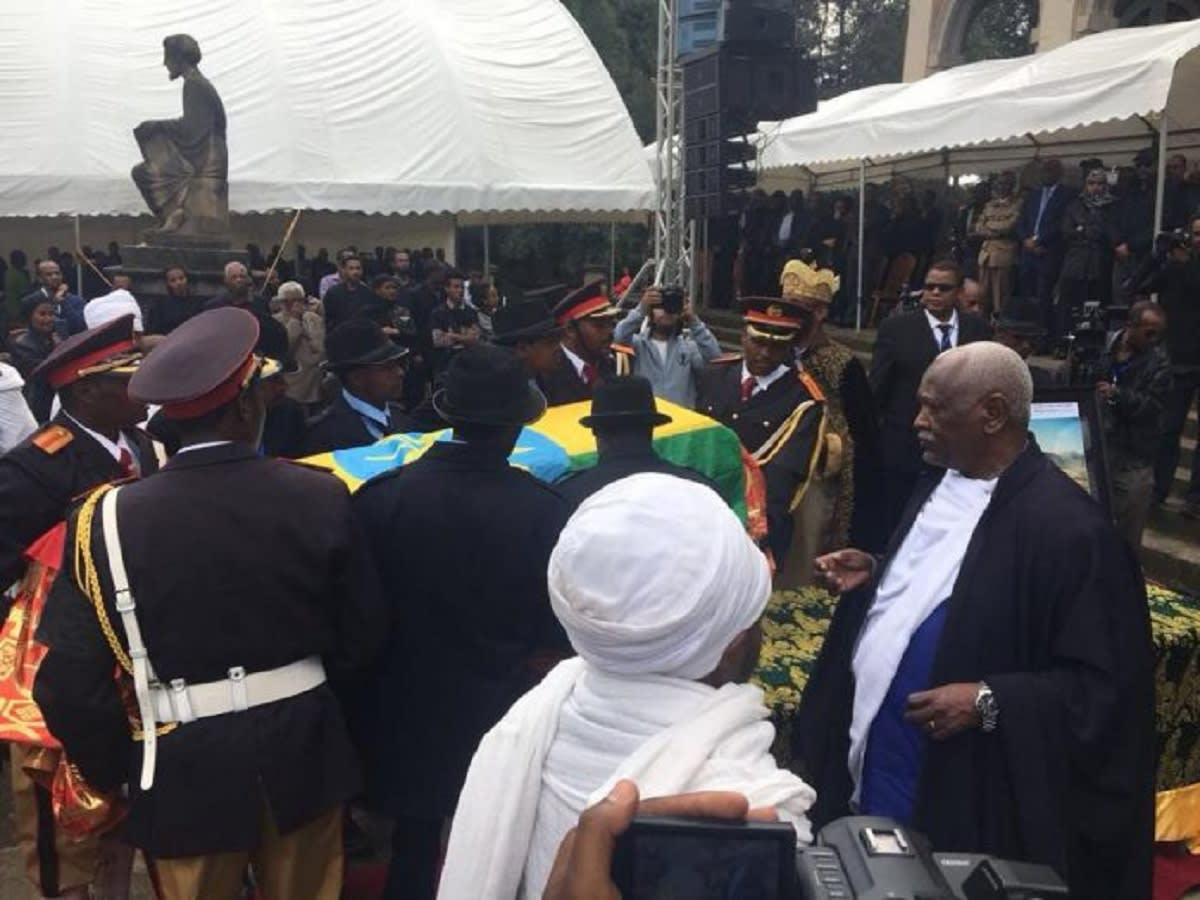 ماذا حدث في جنازة مدير مشروع سد النهضة الإثيوبي؟
