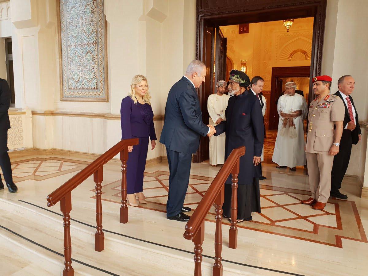 لأول مرة منذ 1996.. لقاء بين نتنياهو والسلطان قابوس
