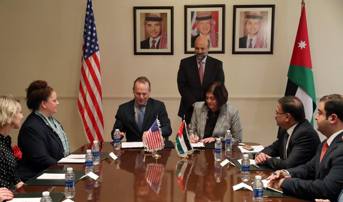 أمريكا تضاعف قيمة المساعدات الاقتصادية للأردن في 2018