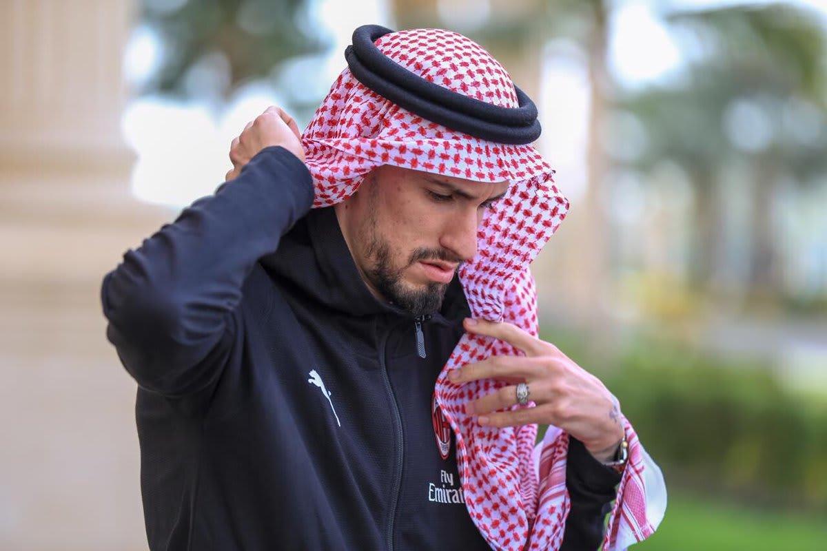 بعيداً عن الأجواء الرياضية.. ما الذي جذب ميلان واليوفنتوس بالسعودية؟