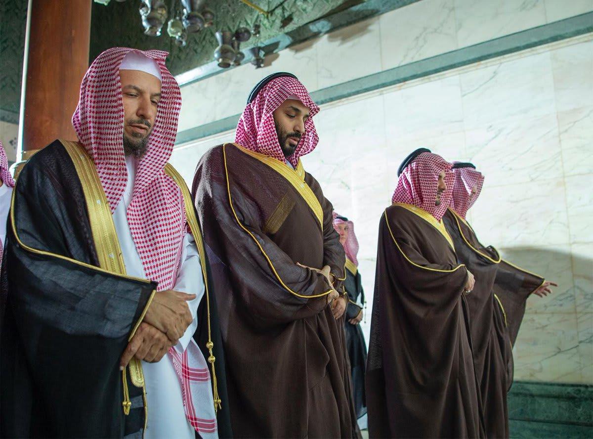محمد بن سلمان يزور الحرم المكي ليطلع على مشروع التوسعة فيه