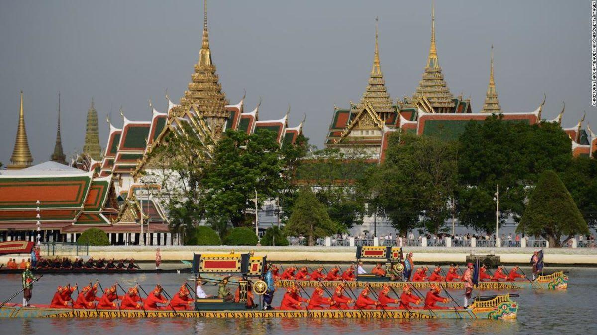 التتويج الملكي بتايلاند