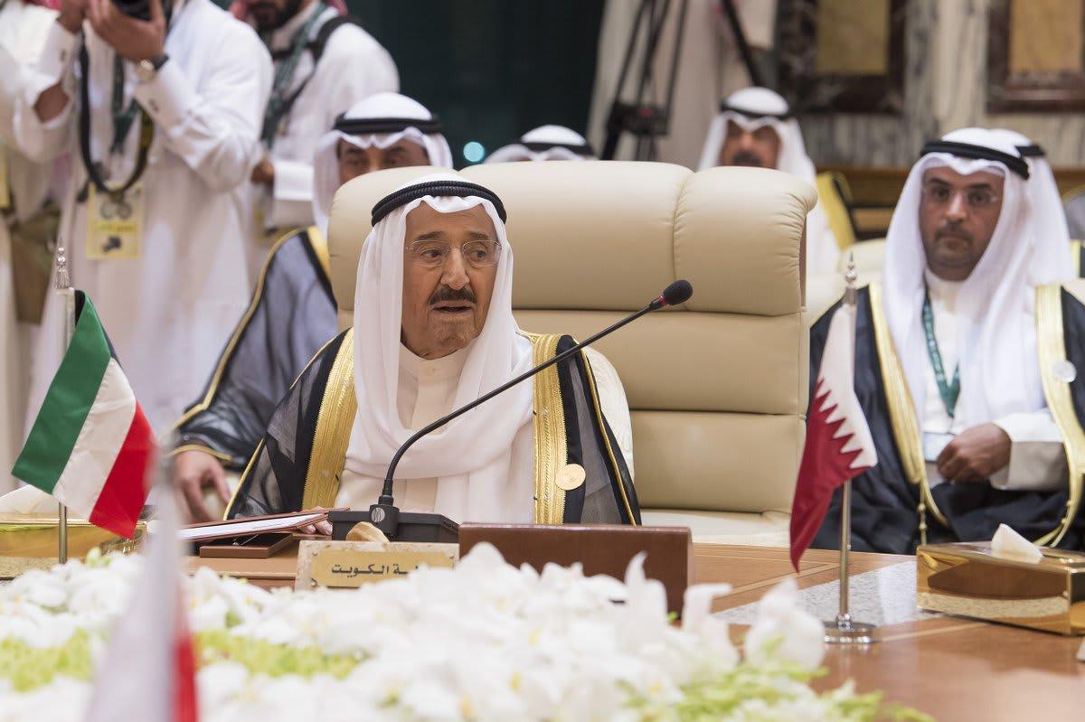 أمير الكويت: الخلاف عصف بدول دول مجلس التعاون ويجب وضع حد له