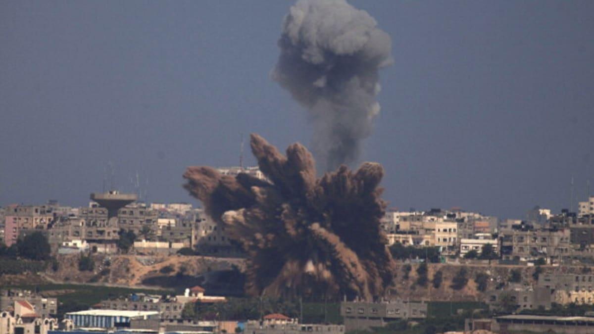 """سماء إسرائيل """"تمطر ناراً"""" بأسلحة منخفضة التقنية من غزة"""