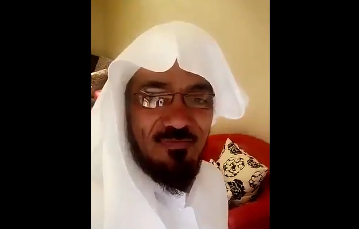 الداعية سلمان العودة يتصل بنجله من سجن ذهبان.. وهذا ما قاله له