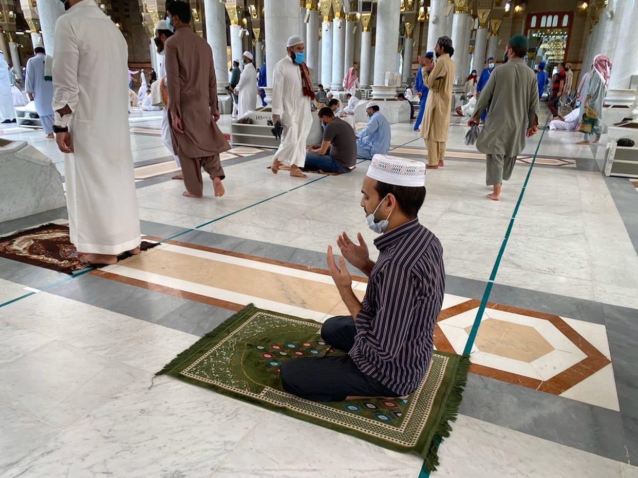 كورونا في السعودية.. إغلاق 71 مسجدا بسبب تفشي الفيروس بين المصلين