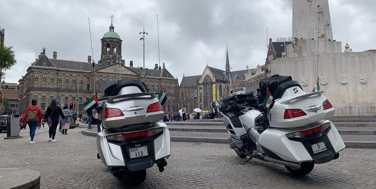 إماراتيان يزوران 12 دولة و22 مدينة خلال 30 يوم على دراجتهما النارية