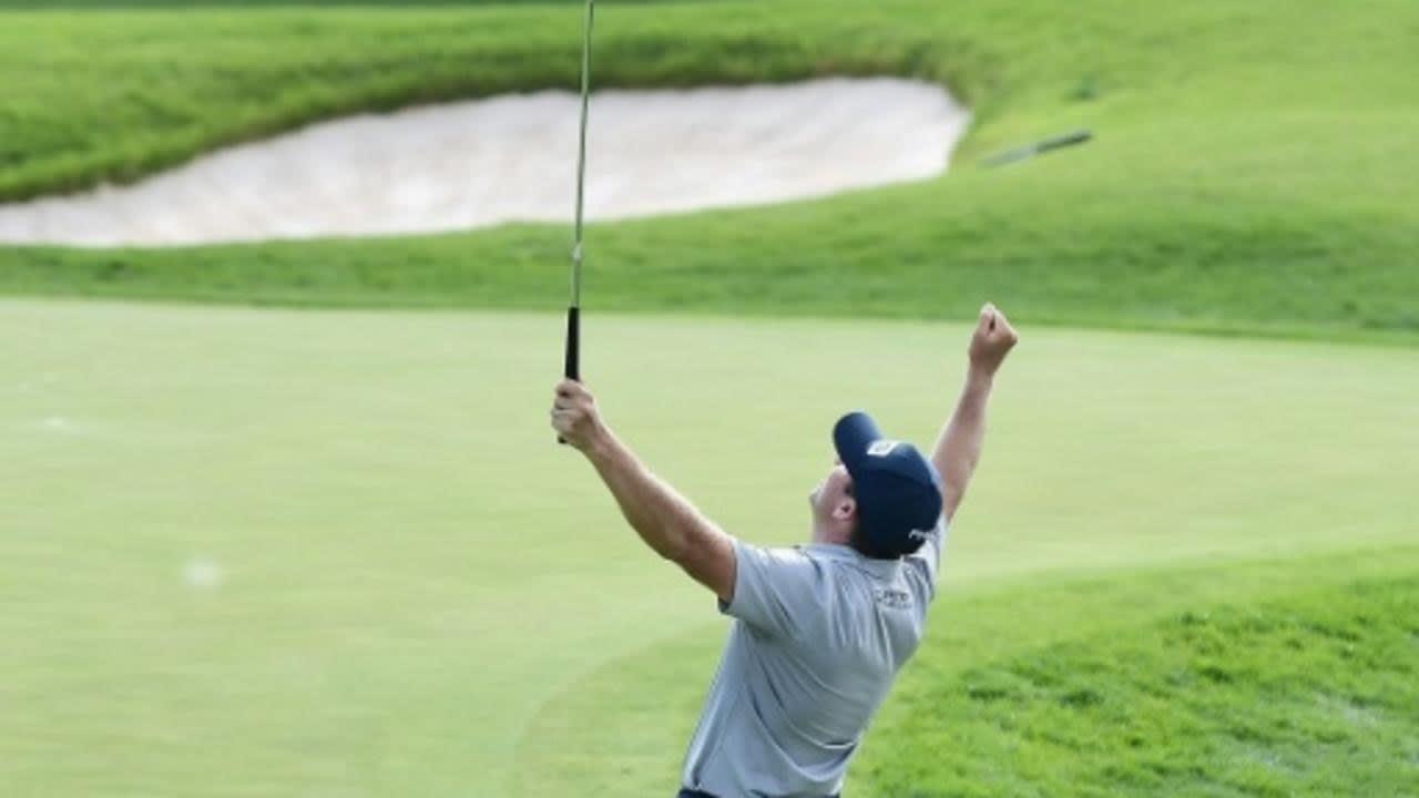 بعد 2,702 يوم على فوزه الأول..الأمريكي مايكل طومسون يتذوق طعم النصر من جديد ببطولة رابطة لاعبي الغولف المحترفين
