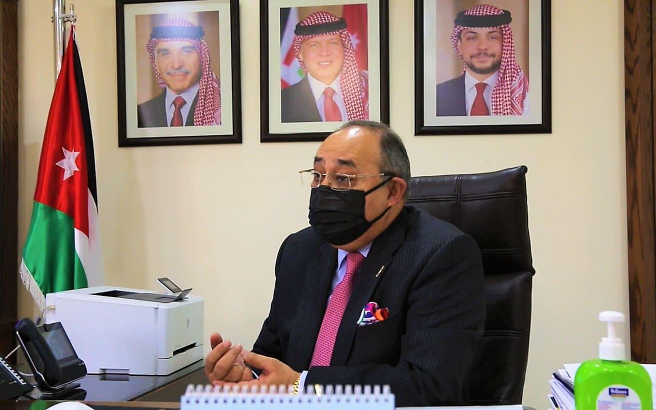 وزير الإعلام الأردني لـCNN: هناك إحجام عن تلقي لقاحات كورونا