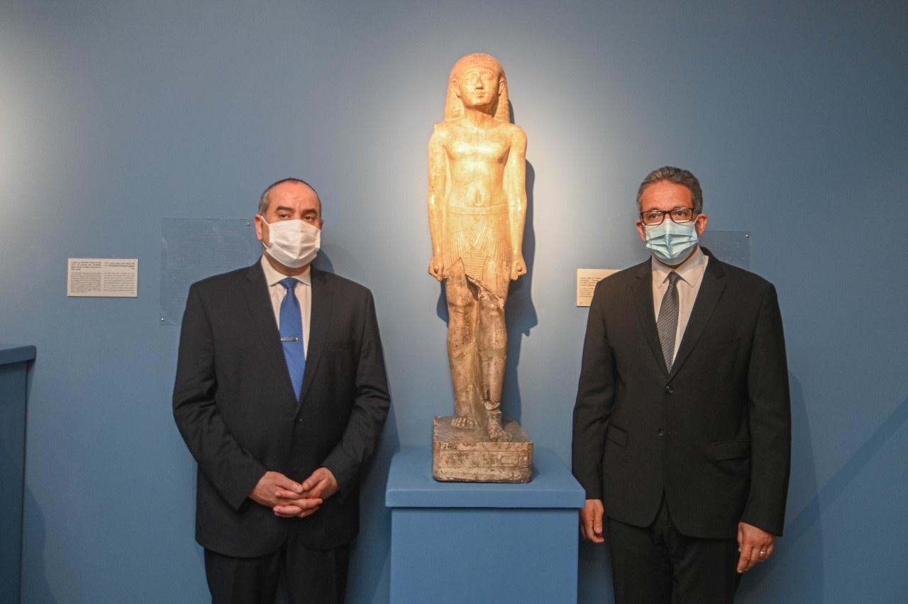 متحفي الآثار المصرية بمطار القاهرة