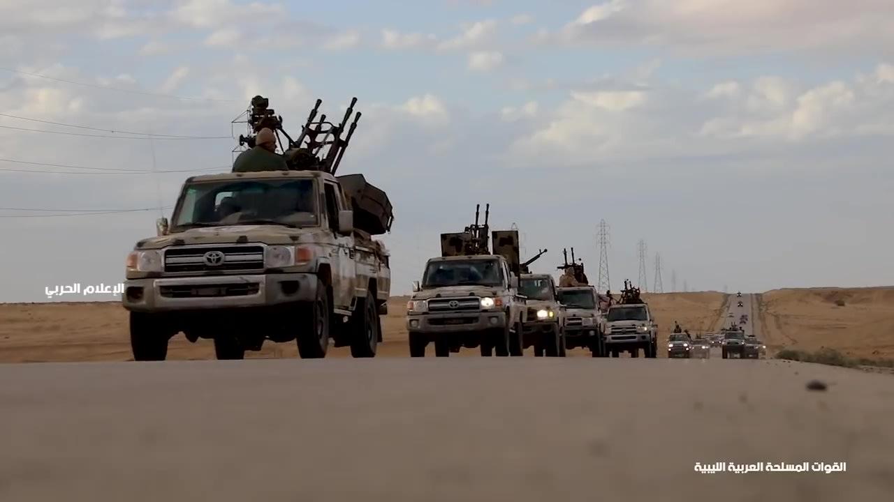 قوافل عسكرية تابعة للجيش الوطني الليبي متجهة إلى غرب ليبيا في 3 أبريل / نيسان 2019