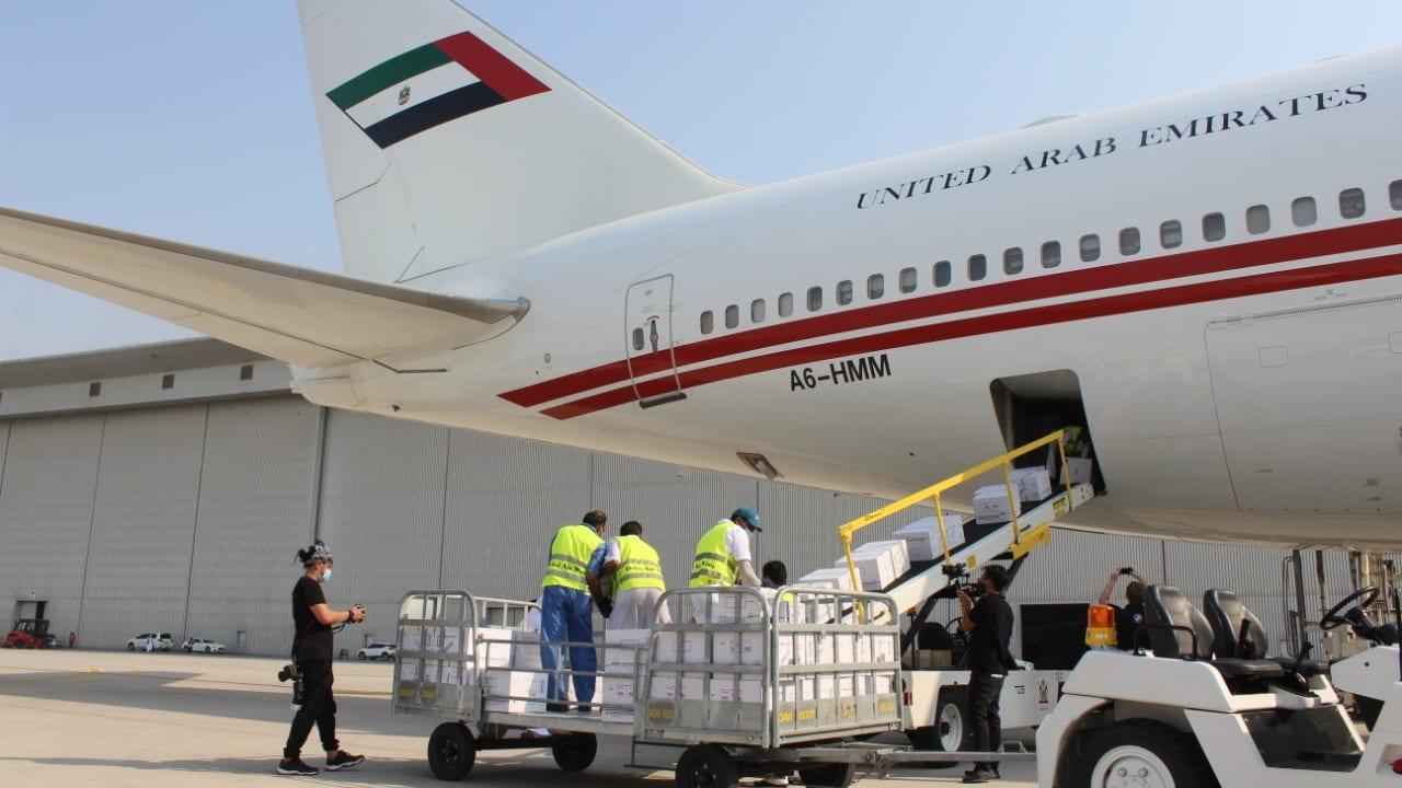 """الإمارات تُرسل مساعدات طبية للمتأثرين بـ""""انفجار بيروت"""""""