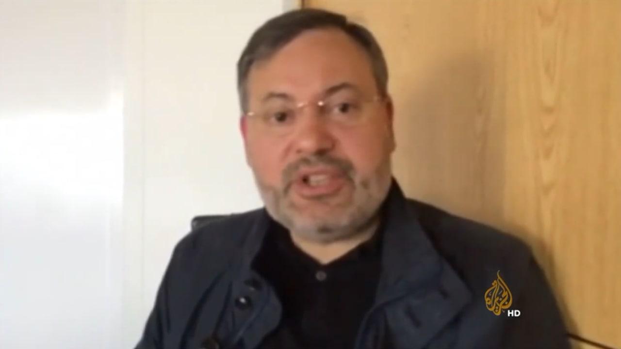 بالفيديو .. بعد احتجازه في مطار برلين.. أحمد منصور يلوم الألمان