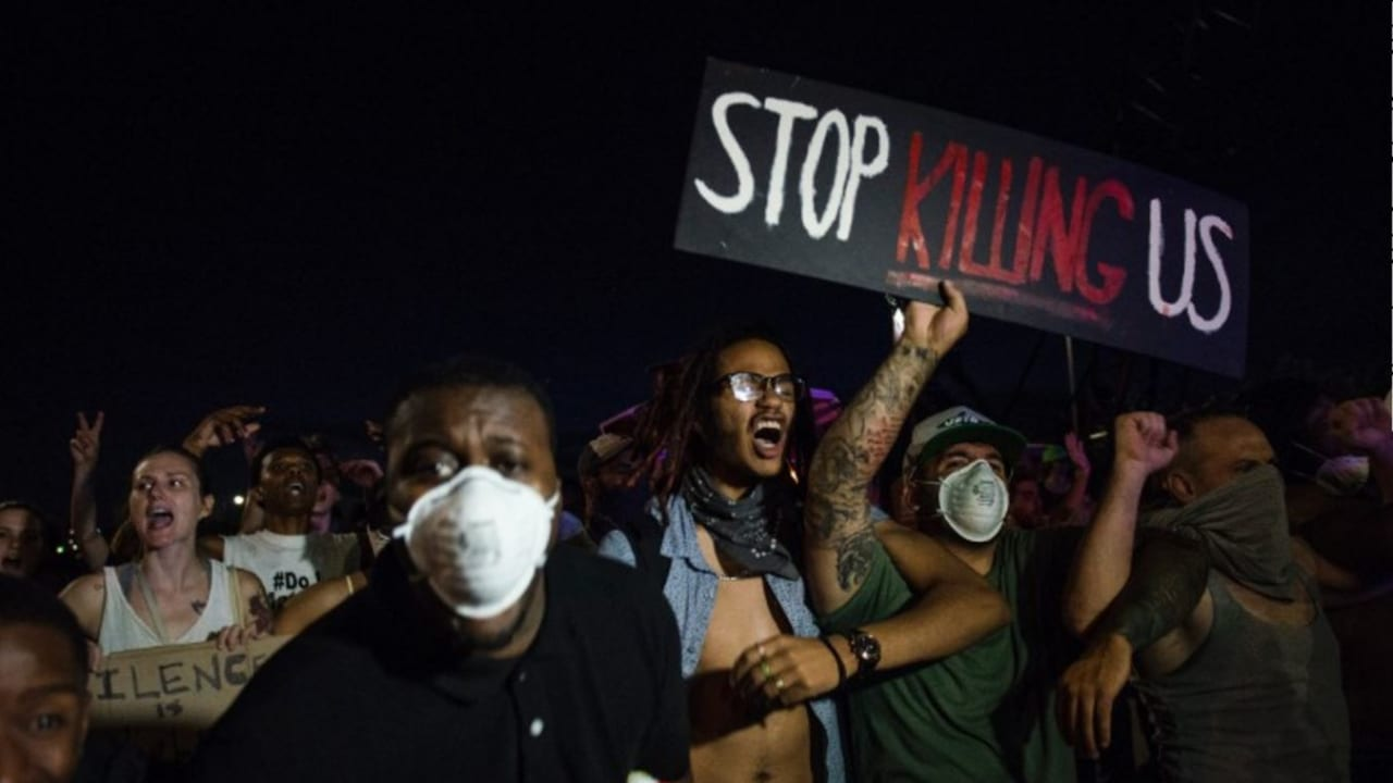 """بعد المظاهرات بأمريكا.. بالين: حركة """"حياة السود مهمة"""" مهزلة وعار على من يدعم """"بلطجية"""" يثيرون الشغب ضد الشرطة"""
