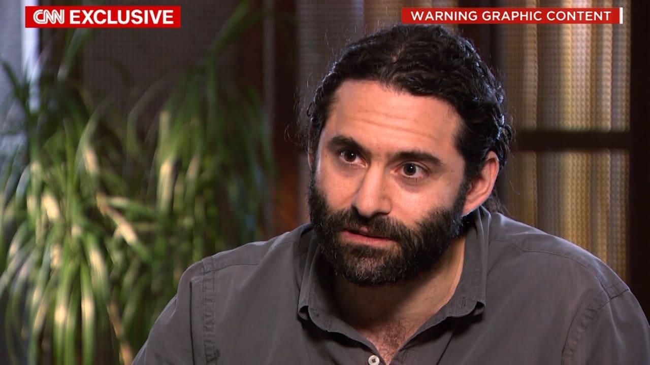 الطبيب الأمريكي سامر العطار يروي لـCNN فظاعة ما يجري في حلب