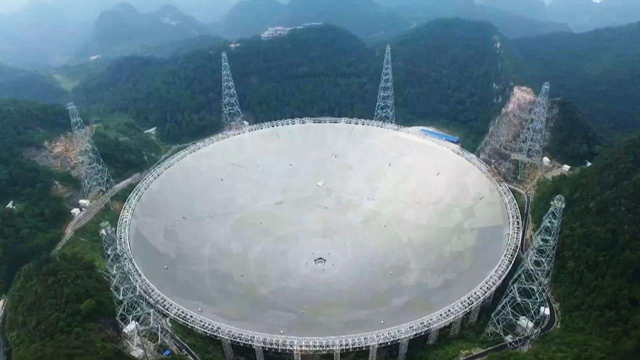 شاهدوا تلسكوب الصين العملاق لاكتشاف المخلوقات الفضائية!
