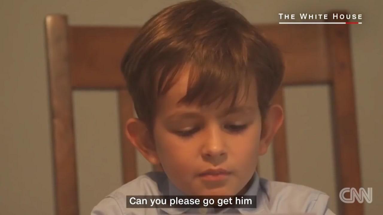 """طفل يعطي أوباما والعالم درساً بـ""""عمران"""" السوري"""