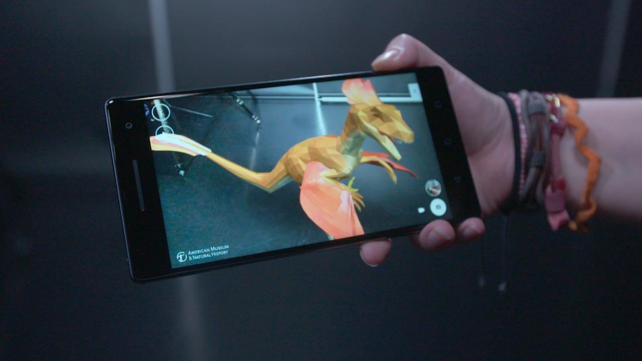 "تعرفوا على "" PHAB2 Pro"".. أول هاتف بنظام ""Google Tango"""