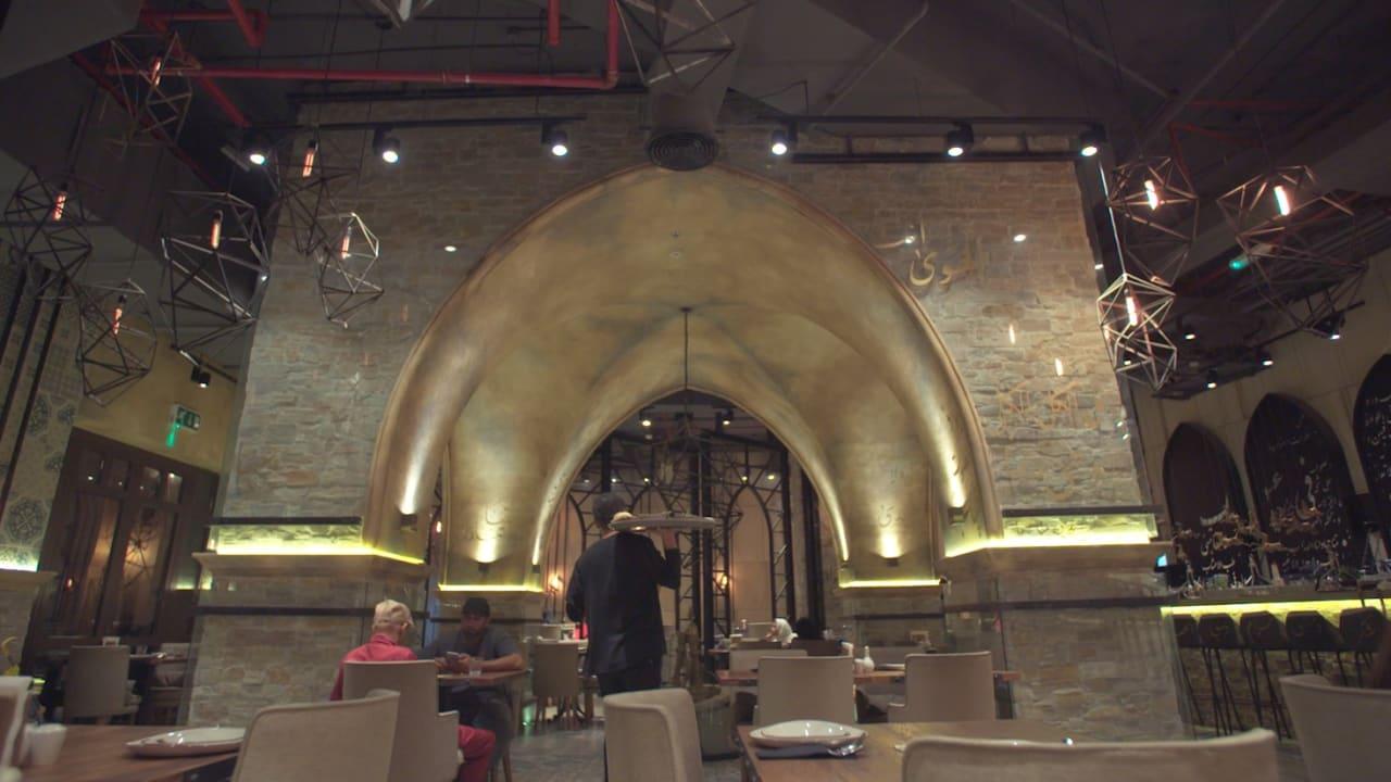هنا يتردد الشيخ محمد للاستمتاع بألذ الأطباق الفاخرة في دبي