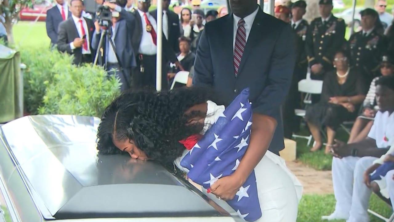 أرملة جندي أمريكي قتل في النيجر: ترامب نسي اسم زوجي