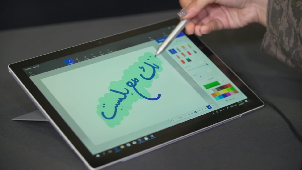 """هل يرقى للقب """"الجهاز الأكثر مرونة""""؟ جربنا لكم """"Surface Pro"""" الجديد"""